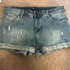 STS Blue size 30 jean shorts